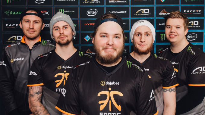 https://inetkox.pl/wp-content/uploads/2015/11/fnatic.jpg